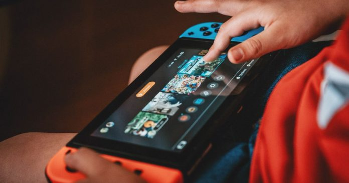 Qualcomm was working on a portable console inspired by the Switch